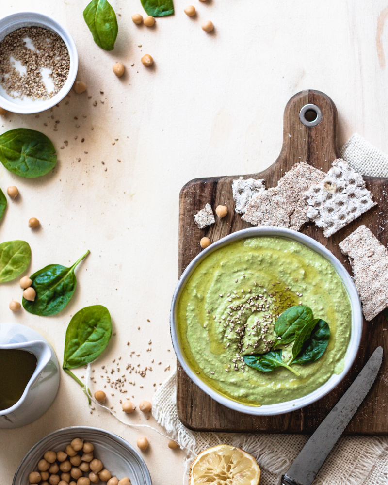 20 ideas for hummus recipe and why we should eat legumes regularly | SPINACH HUMMUS CREAM – VEGAN & GLUTEN-FREE | Healthy Goodies by Lucia