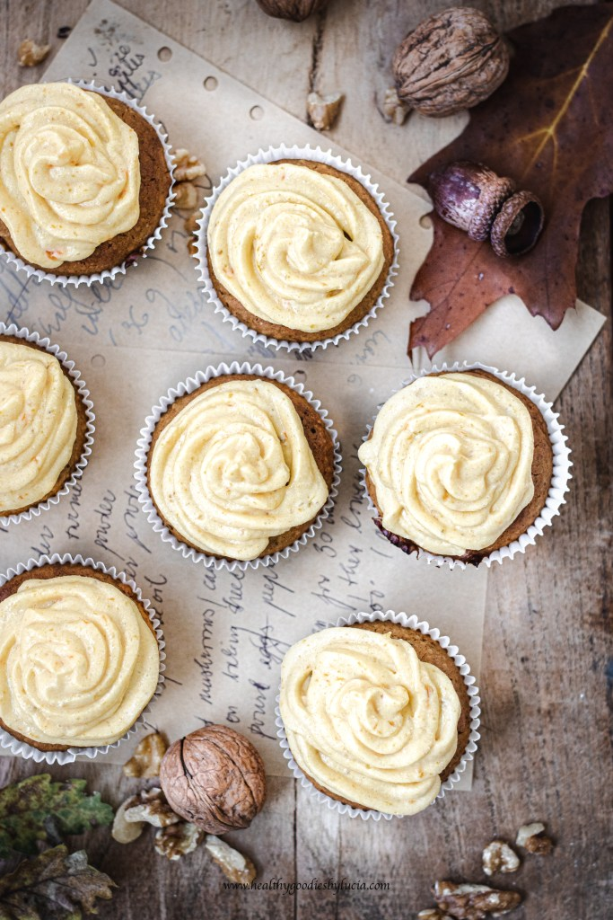 Gluten-free Pumpkin cupcakes with ricotta pumpkin frosting | Healthy Goodies By Lucia