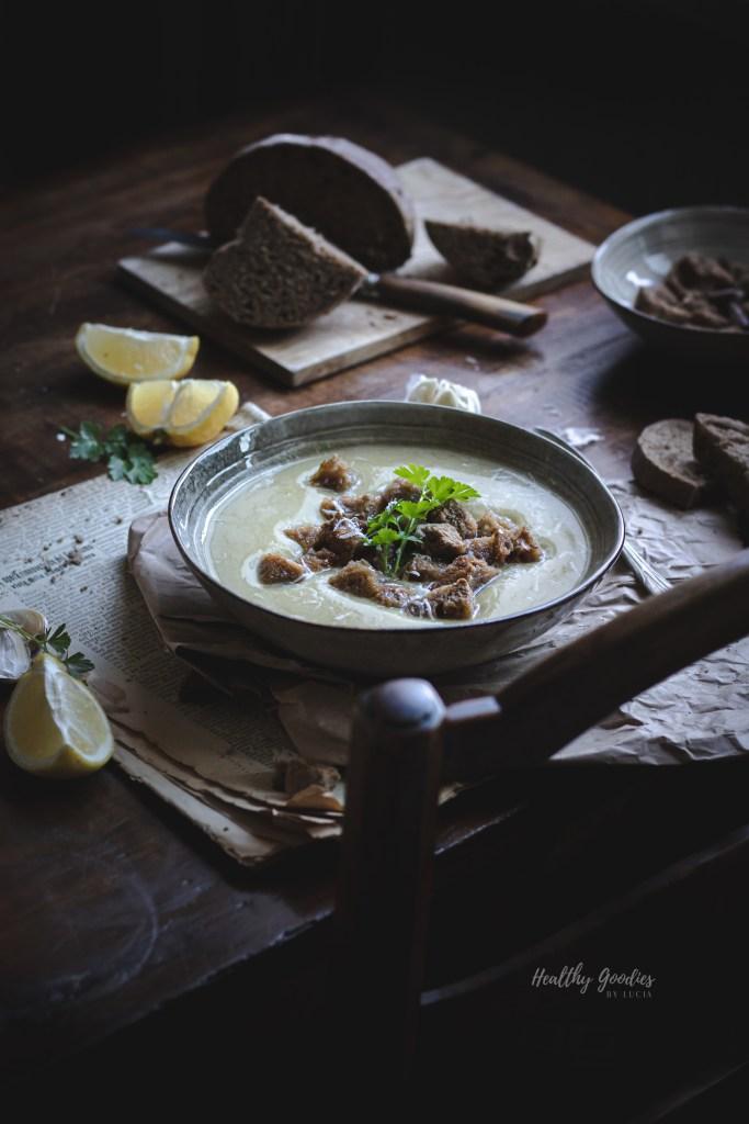 Creamy garlic soup | Healthy Goodies by Lucia Marecak