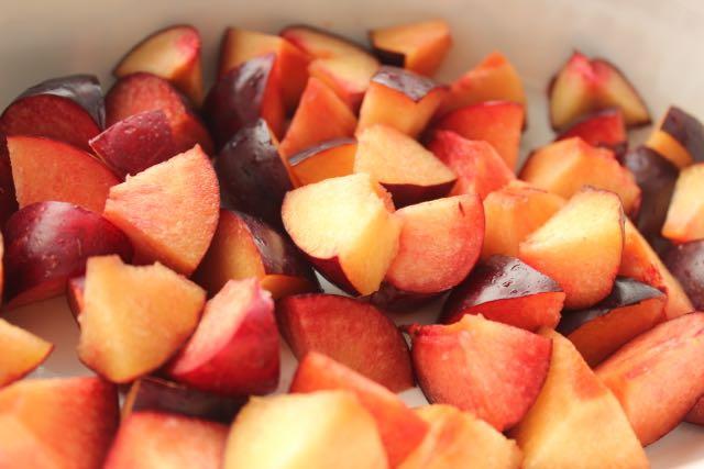 plum jam - www.healthyhappysteffi.com