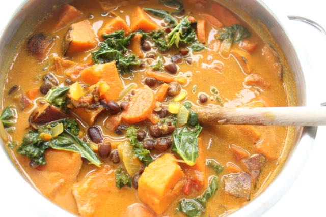 Veggie curry - www.healthyhappysteffi.com