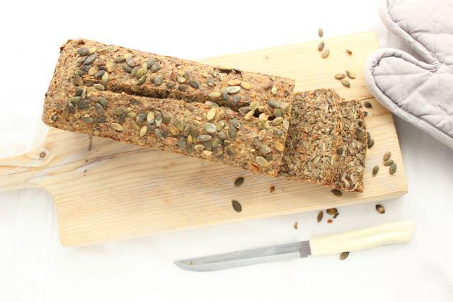 Glutenfreies Brot - www.healthyhappysteffi.com
