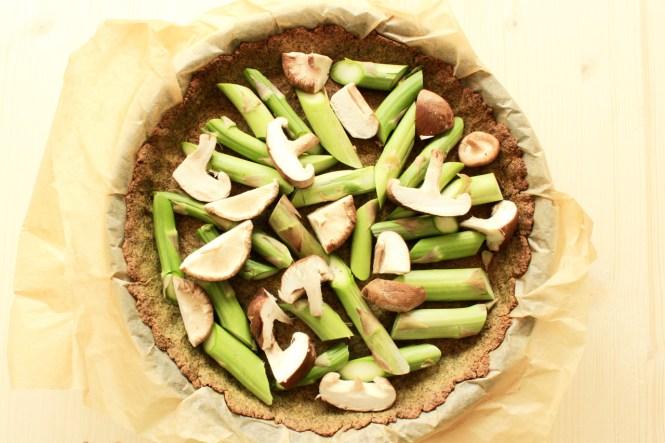 vegane Quiche mit glutenfreiem Boden