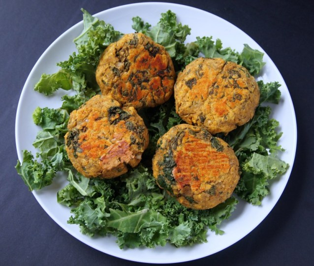 Spicy Kale Lentil Burgers | Healthy Helper @Healthy_Helper