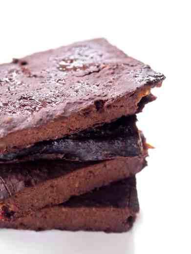 Flourless Brownie Thins [vegan + fruit-sweetened] • Healthy Helper