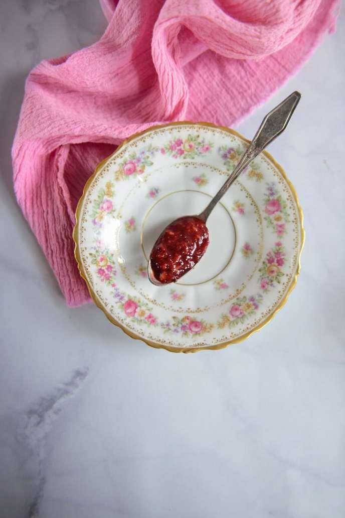Red Wine Sangria Recipe and How to Use the Leftover Sangria Fruit via HealthyishFoods.com