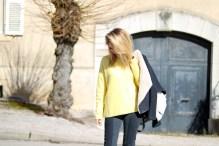 pièce-jaune-jaune-vêtement-jaune-robe-jaune-porter-du-jaune-la-couleur-jaune-mode--10