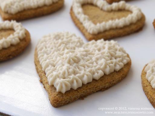 Raw Vegan Almond Cream Cheese Frosting Image