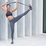 Powerband full body workout - band stretch