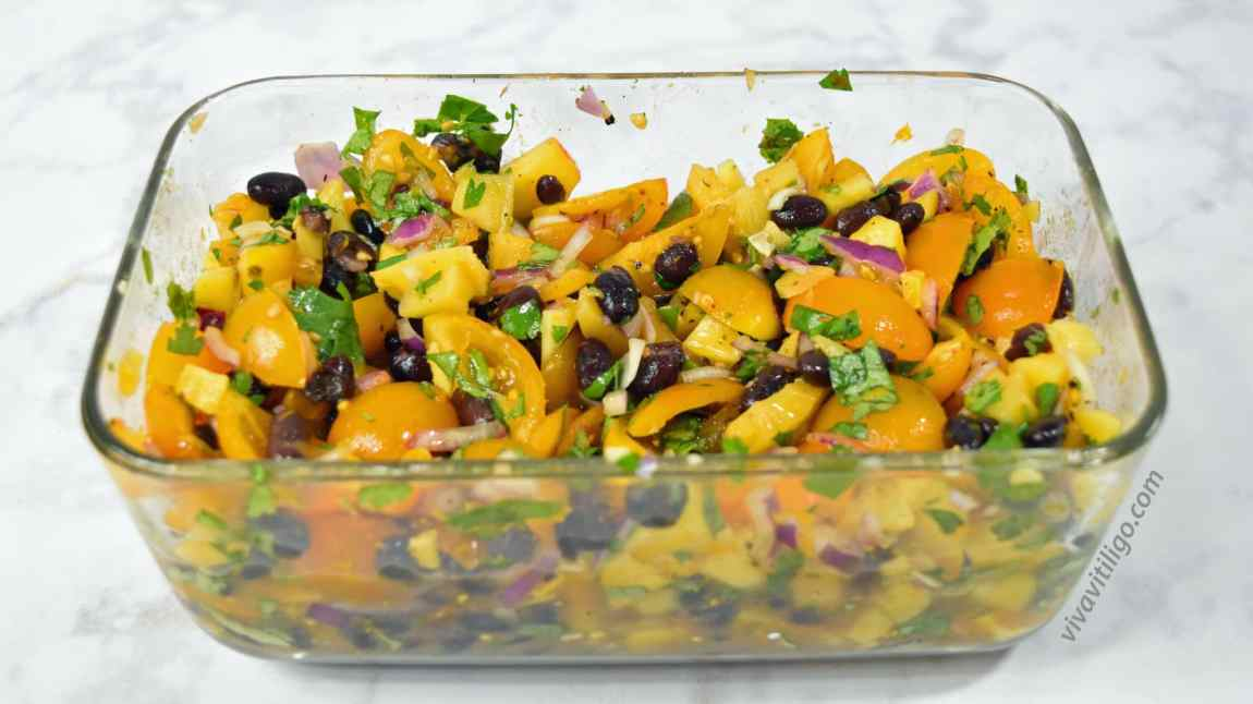 picture of organic black bean mango salsa recipe