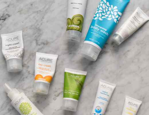 Pictures and reviews of Acure organics. Acure has new packaging now for popular items like their facial scrub and argan oil based products. Many of the products I love are a part of their Brilliantly Brightening line.