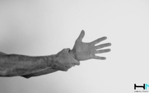 Aprende cómo el flossing o el empleo de flossband puede disminuir el dolor de muñeca de forma rápida y sencilla.