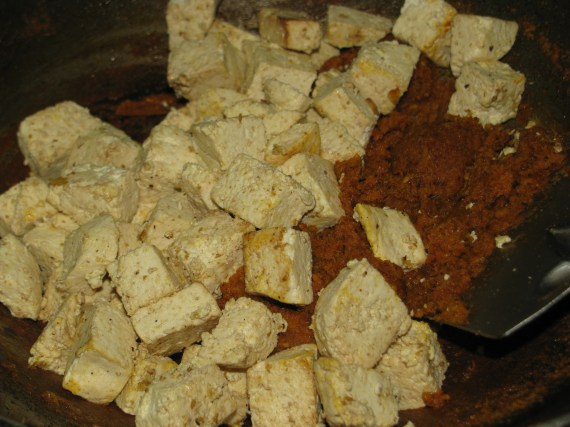 tofu in roasted curry masala