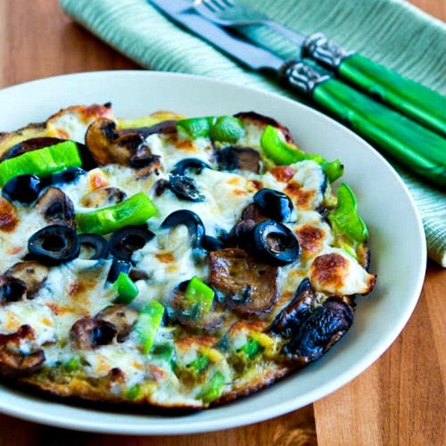 Low-Carb Egg-Crust Vegetarian Breakfast Pizza thumbnail photo