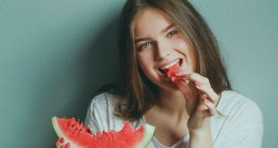 Benefits Of Eating Watermelon For Health, Skin and Hair