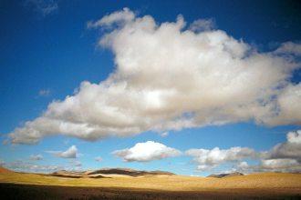Mt Kailash: Prairie and clouds