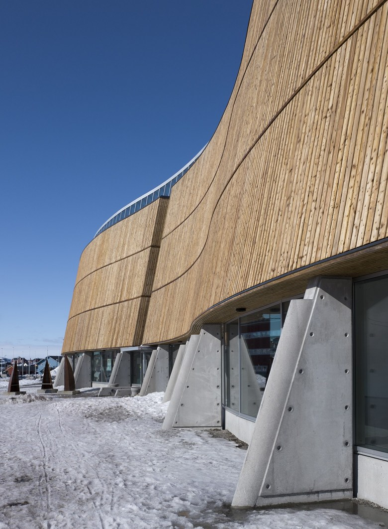 SHL_Architects_Katuaq-Culture-Centre_concrete-pillars-1170x1593.jpg