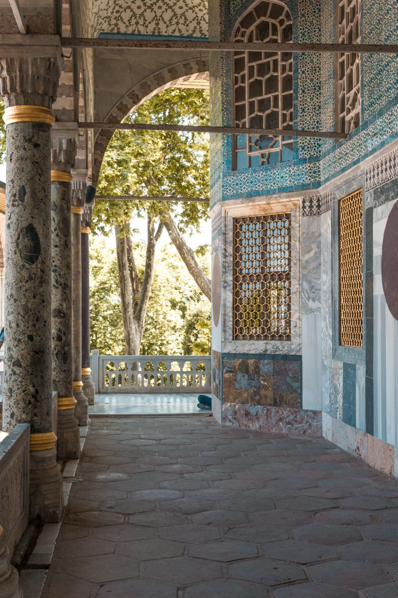 The Harem in Topkapi palace has 400 rooms where the Sultan kept his concubines.