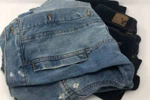 FOUR TIPS FOR SECONDHAND CLOTHES-SHOPPING