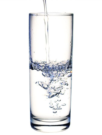 glass-2-filling-with-water-1507886-639x852