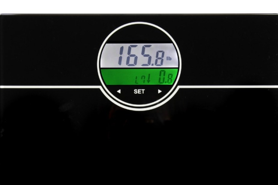 Ozeri Digital Scale lets you know when your are doing good.