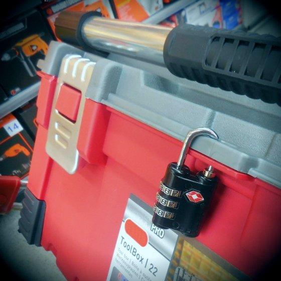 luggage lock 2