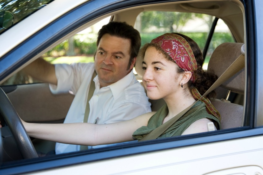 Driving Lessons For Teens: Tips For Parents