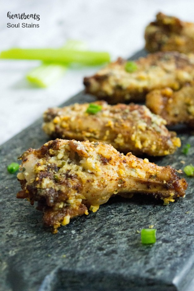 Do you love chicken wings but want them to be a bit healthier? Check out these Cajun Crispy Baked Chicken Wings! Super easy and huge on taste!