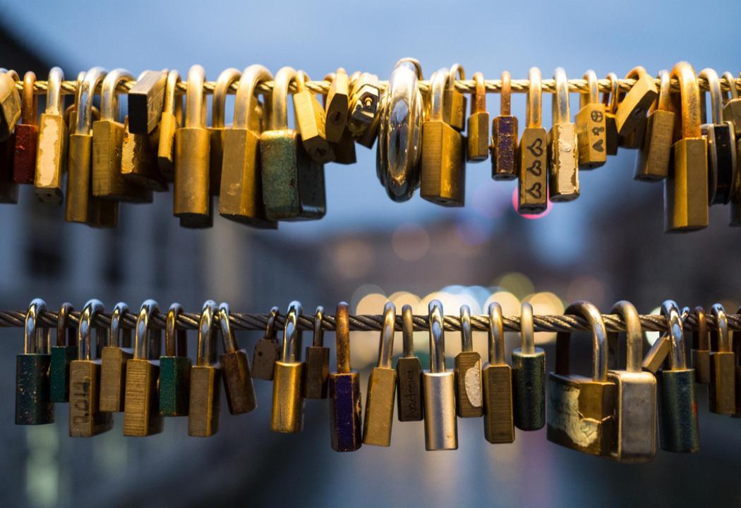 Image of locks on a bridge, used on blog about true romance