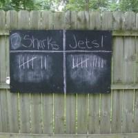 DIY Outdoor Chalkboard Scoreboard