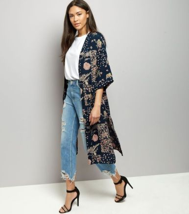 e608a5d9c2b313d10cdeb0beef1b2220-holiday-wardrobe-kimonos