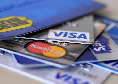 クレジットカードで入金が出来る