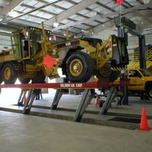 Heavy Duty Vehicle Lifts