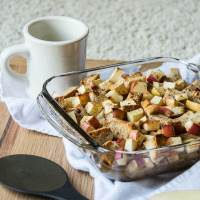 Apple Cinnamon Vegan French Toast Casserole