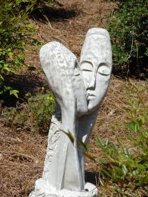 Virginia is for lovers--in the garden.