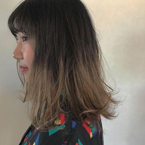 hair ... TOMMY ︎とってもオシャレな高校生♡お休みの期間に、根元は染めず、毛先だけブリーチして、柔らかいbeigeに🐪🐪🐪 #tommy_hair #HEARTY #heartyabond #ハーティー#高崎美容室 #高崎#グラデーションカラー #グラデーション##beige #ベージュカラー #ベージュ