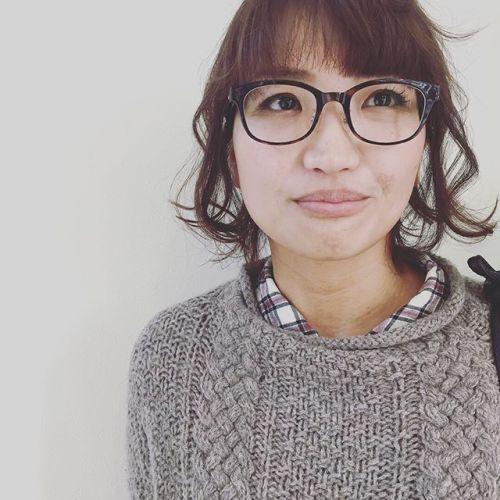 ルーズアップとニットとメガネのマストな関係♡#ルーズヘア#簡単ヘアアレンジ #ニット#メガネ#hearty #高崎美容室 @akikokiakikoki