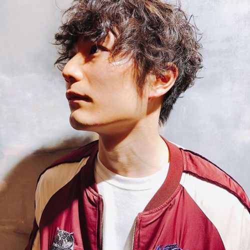 neo spiral permbrunaboinneのスカジャンにマッチstylist:@hearty_miyahara #hearty#perm#style#men's perm #spiral #brunaboinne
