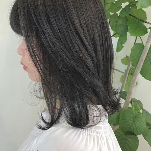 担当シオリ @shiori_tomii 大人気のグレージュcolor🦕🦕#hearty#shiori_hair #グレージュ#ハイトーン#透明感#高崎美容室