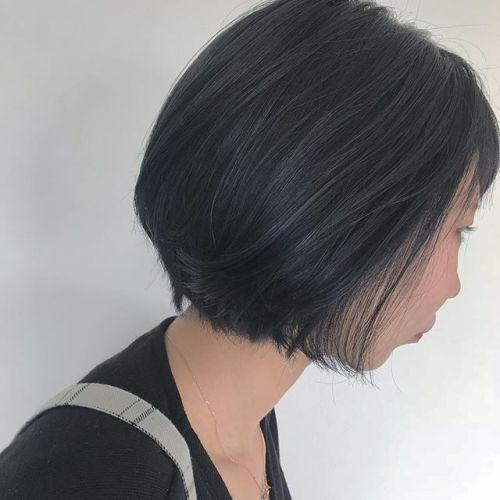 担当シオリ @shiori_tomii ブルージュカラー🦕🦕🦕 細かくブルーのハイライトがチラリ!#hearty#shiori_hair #ブルージュ#blue#高崎美容室
