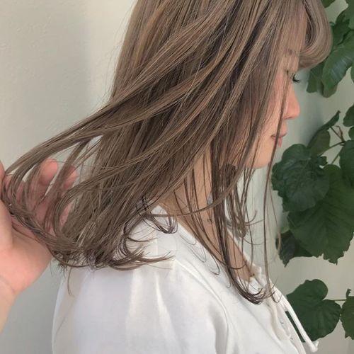 担当シオリ @shiori_tomii ハイトーンkeepのベージュ煉#hearty #shiori_hair #ハイトーン#ハイトーンカラー #ベージュ#高崎美容室#高崎