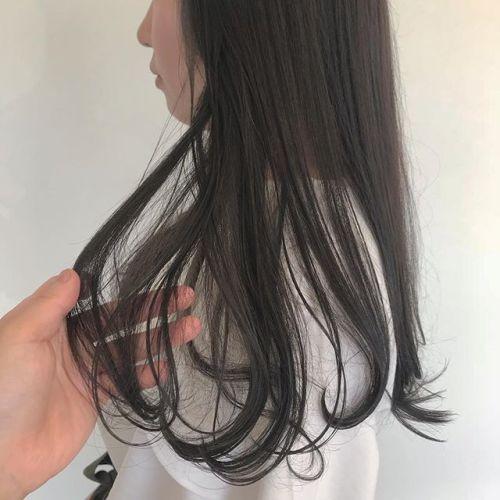 担当シオリ @shiori_tomii 柔らかグレージュhairブリーチなしの透明感カラーぜひおまかせ下さい#hearty#shiori_hair #グレージュ#透明感カラー#高崎美容室#高崎