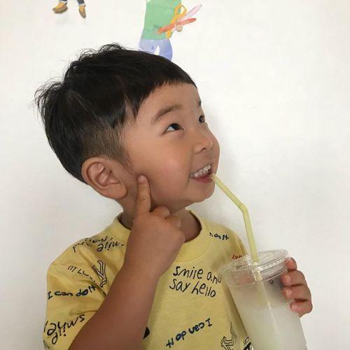 担当シオリ @shiori_tomii kids cutかわい〜〜🦖#hearty#shiori_hair #kidscut#キッズカット#高崎美容室#高崎
