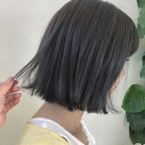 担当シオリ @shiori_tomii グレー🦈🦈🦈🦈#hearty#shiori_hair #グレー#ハイトーン#高崎美容室#高崎