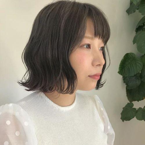 担当シオリ @shiori_tomii ブリーチベースからアッシュグレージュにトーンダウン🥣インナーにはピンクがちらっと〜〜#hearty#shiori_hair #ハイトーン#外国人風カラー #グレージュ#アッシュ#ラベンダーアッシュ #高崎美容室#高崎