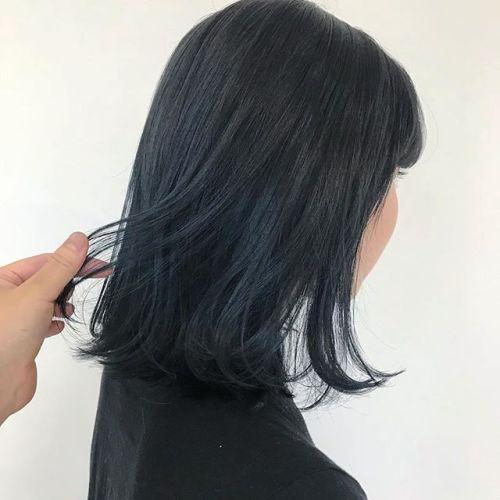 担当シオリ @shiori_tomii NAVY BLUE🦕🦕🦕#hearty#shiori_hair #ネイビーカラー #ネイビー#ブルージュ#カラーバター#デザインカラー #マニキュア#高崎美容室#高崎