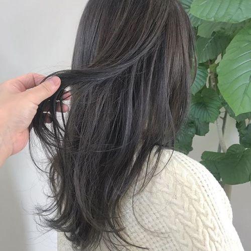 担当シオリ @shiori_tomii 王道グレージュ🦈#hearty#shiori_hair #グレージュ#ハイトーン#ヘアカラー#高崎美容室#高崎