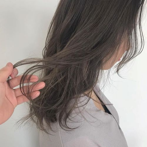 担当シオリ @shiori_tomii アッシュベージュ#hearty#shiori_hair #アッシュベージュ#アッシュグレー#グレージュ#ヘアカラー#ヘアスタイル#高崎美容室#高崎