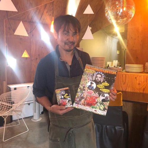 HEARTY20th ANNIVERSARYチケット取り扱い店館林 「LANGOLINO」オーナー自ら設計・施工まで携わり、自らの思いを形にした、世界各国の建築デザインコンペで数々の賞を受賞した独創的な外観と非日常を感じる店内空間。日本一のバリスタの下で修行したというエスプレッソ。そして、食材や調理法にこだわり抜いて生まれてくるメニューの数々。今回はHEARTY20th ANNIVERSARYでも出店して下さり、最強のハンバーガーが味わえます!館林方面の方々、こんなお店が近くにあって羨ましい!!お近くの方はぜひ、ランゴリーノへ。#langolino #ハンバーガー#館林#ランゴリーノ #hearty #エスプレッソ#カプチーノ#チケット取り扱い @kazuhisa76 @hearty__s