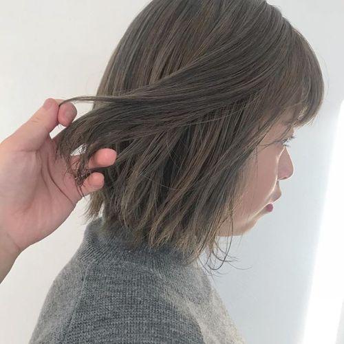 担当シオリ @shiori_tomii ケアブリーチしてアッシュグレーに🌝#hearty#shiori_hair #アッシュ#アッシュグレー#グレージュ#ベージュ#ヘアカラー#ヘアスタイル#高崎美容室#高崎#群馬